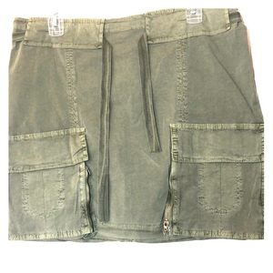 NEW-XCVI Stone Washed Distressed Cargo Mini Skirt.